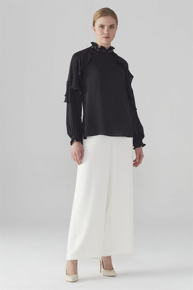 Zühre Blouse With Collar Embroidered Detail Black B-0051