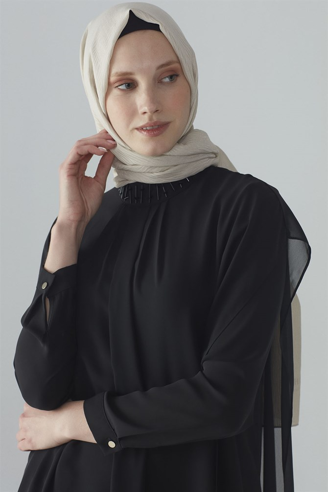 Zühre Collar Processing Detail Tunic Black T-0712
